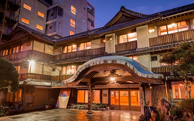 ホテル玄関イメージ