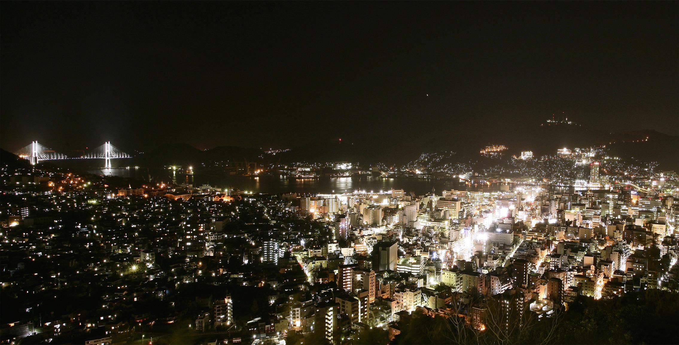 ホテルからの夜景イメージ